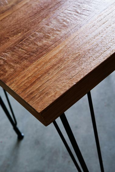 Tafel Table